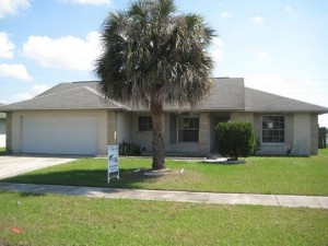 Dream retirement home - under $125,000. Less than 15 minutes from Disney World.